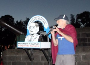 IMG_6373-Effigy-Graeme-Dunstan-talking-about-Maurice-Newman-cropped