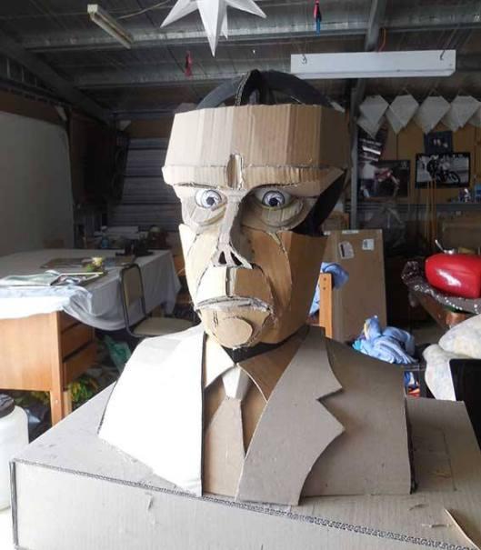 20141128-Eureka-Duncan-Lewis-effigy
